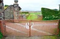 Wave-form gates at Portrack House